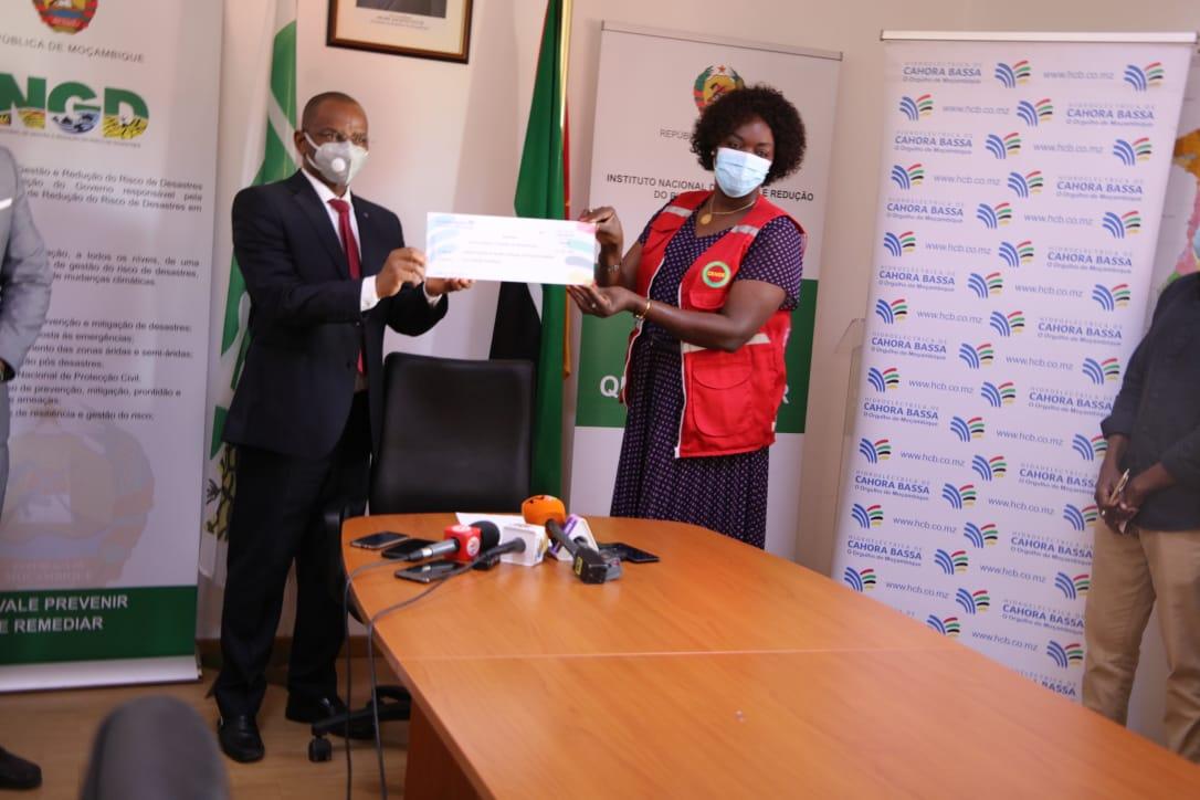 HCB doa cinco milhões de meticais para as vítimas do terrorismo.