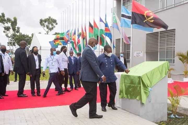 Presidente Nyusi lança centro de resposta à emergências e desastres naturais na SADC .
